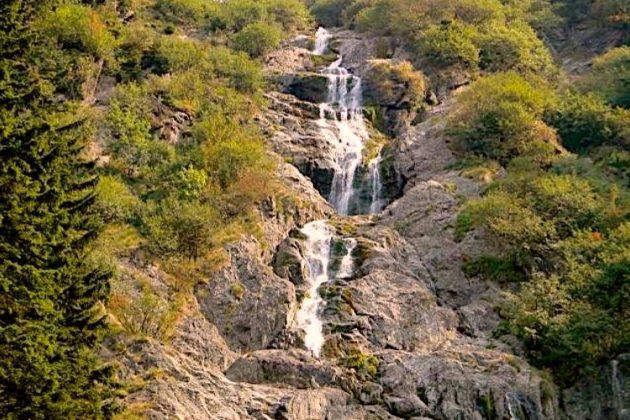 Cascada Șarbota